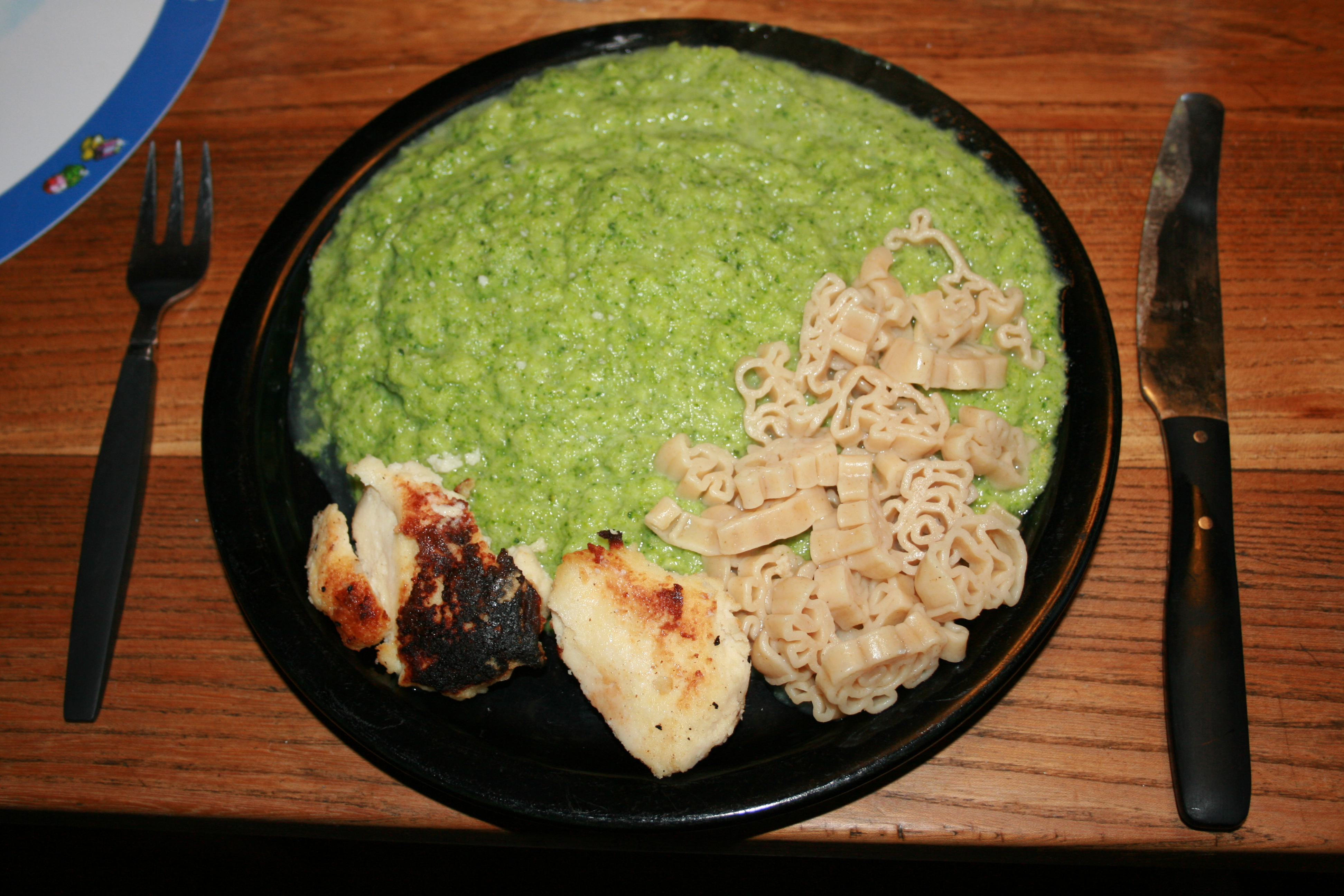 Fish cakes mashed broccoli and pasta organicfoodandliving for Old fashioned cod fish cakes